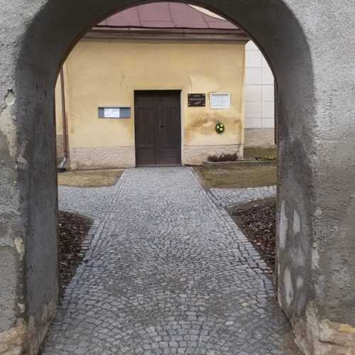 004_brána č. 1